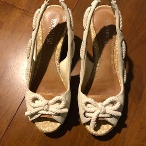 🌺SPERRY OFF WHITE WEDGES🌺 EUC